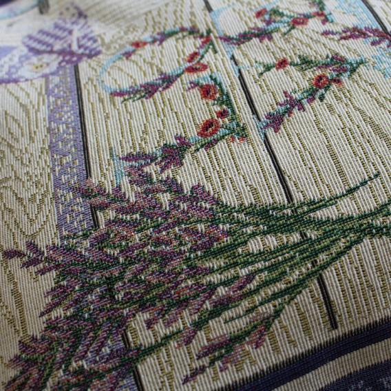 Gobelínový obrus Levanduľa na dreve