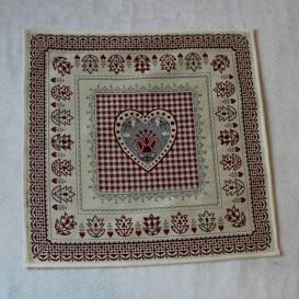 Gobelínový ubrus Červené srdíčka 45x45cm